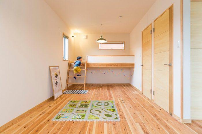 子供部屋(無垢建具)