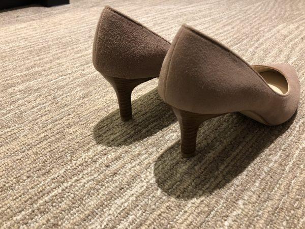 ヒールのある靴