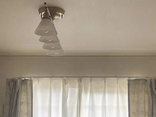 わたしの家のシーリングは、「多灯シーリング」